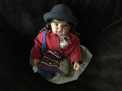 Lee Middleton PERU CHILDREN OF THE WORLD SERIES MINT DOLL