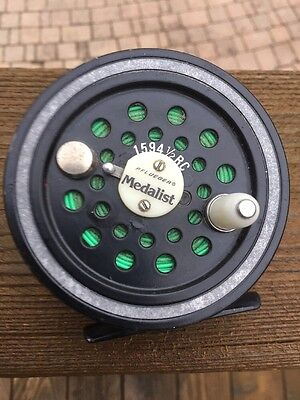 VINTAGE Pflueger Medalist 1494 1/2 RC FLY REEL 'good Working Condition'