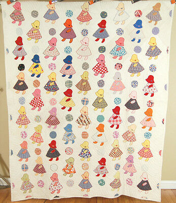 NICELY QUILTED, CHEERFUL Vintage 30's Sunbonnet Sue & Ball Folky Antique Quilt!