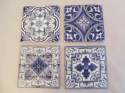 Set of 4 moroccan design coasters in wooden tray, blue & white ceramic tile, NEW