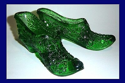 Vintage Fenton  Daisy & Button Green Glass Slippers
