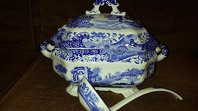 Spode Blue Italian  stunning soup tureen with ladel