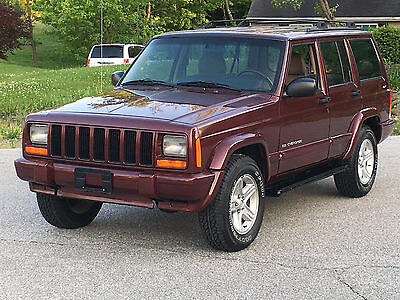 2001 Jeep Cherokee LIMITED 2001 Jeep Cherokee Limited 4WD With Low Miles... RUST FREE