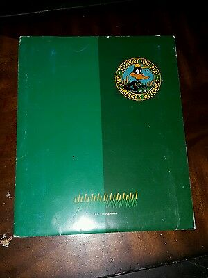 Style Guide Warner Bros. Looney Tunes Daffy Duck Save The Wetlands