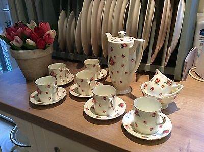 Beautiful Royal Doulton Coffee Set In Lovely Condition