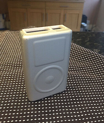 Apple iPod classic 2nd Generation White (20GB)