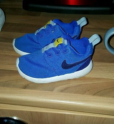 baby boy nike trainers size infant 5.5 - good condition