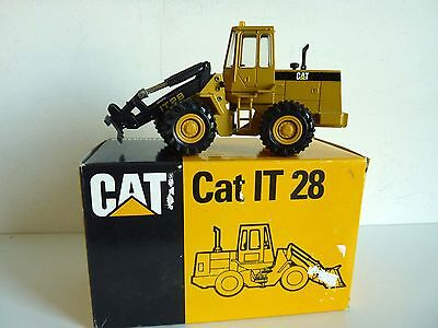 Caterpillar It 28 Chargeuse Industrielle 1/50 Conrad 2888 Incomplet + Boite