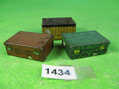 Vintage hornby series tinplate luggage x2 & one to restore O model railway 1434