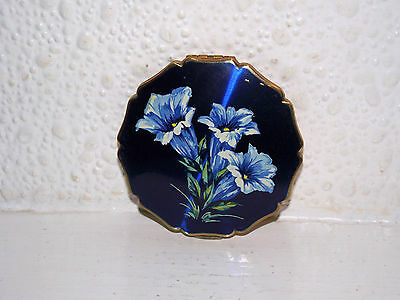 Vintage Stratton Enamel Powder Compact With Flowers.