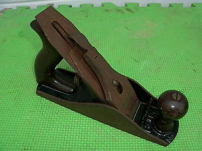 Old Stanley Bailey No. 4 Hand Plane Corrugated Sole