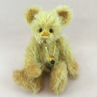 Looking for Charlie Bears Minimo Pina? We can help! (500/2000)