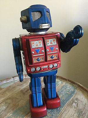 1960s Tin Japan Space Robot Vintage Battery Operated Toy