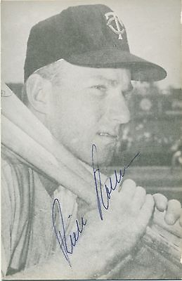 Autographed Rowe Postcard of Twins Rich Rollins