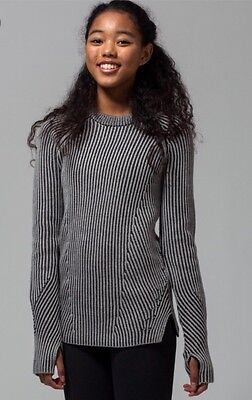 IVIVVA Snow Salutations Grey Pullover Ribbed Sweater size 10 Lululemon New