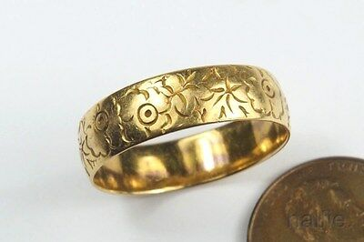 Pretty Vintage 22 Carat Gold Victorian Style Floral Wedding Band Ring