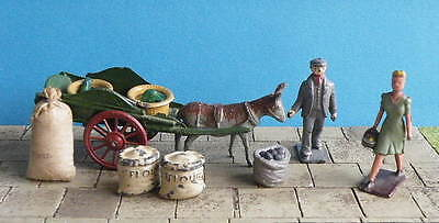 vintage 54mm lead Farm DONKEY-DRAWN CART WITH PANNIERS + COSTER - Charbens