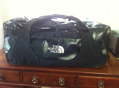 The North Face Rolling Thunder Large Wheeled Luggage Bag