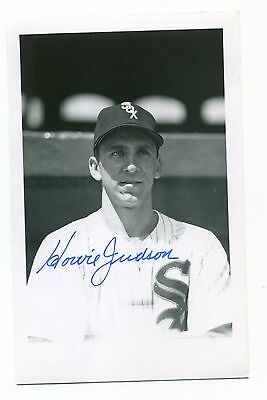Autographed Brace Photo of White Sox Howie Judson