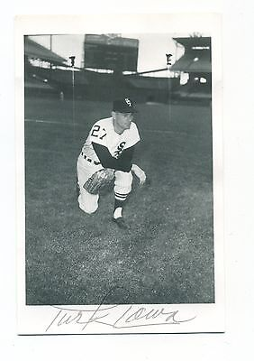 Autographed Brace Photo of White Sox Turk Lown