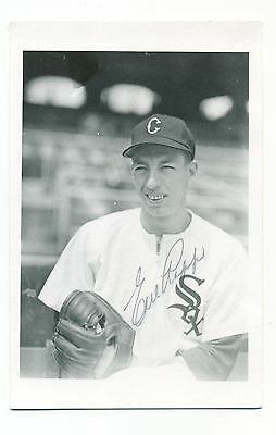 Autographed Brace Photo of White Sox Earl Rapp