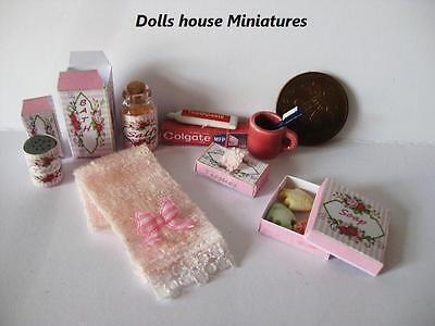 Bathroom  Accessories Dolls House Miniatures