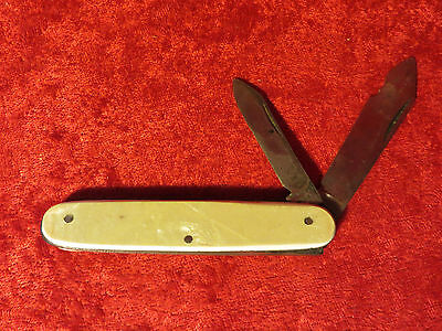 """Vintage Colonial Providence Mother of Pearl Pocket Knife 3 1/2"""""""