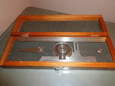 Brown & Sharpe Universal Bevel Protractor No. 496 With Wooden Case