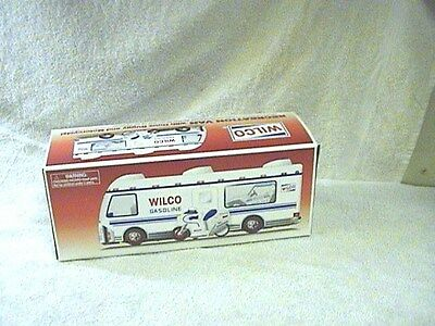 1999 Wilco Recreation Van W Dune Buggy& Motorcycle   New !!