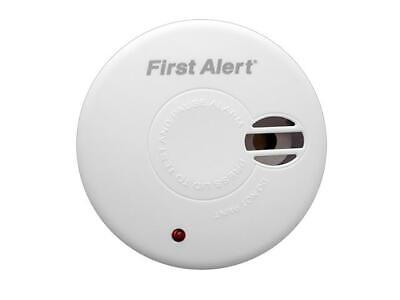 First Alert Smoke Alarm Detector 5-Year Guarantee with Hush Button SA300