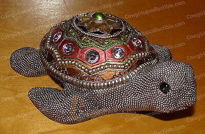Silver Beaded, Bejeweled Sea Turtle (by Kubla Crafts, 1385) Figurine