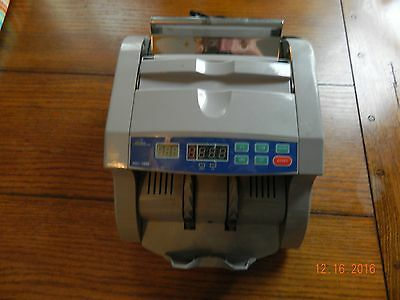 ROYAL SOVEREIGN RBC-1000 Bill Cash Counter UV COUNTERFEIT DETECTION Works Great