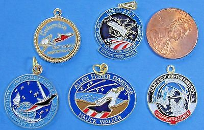 NASA LOT of 5 vtg #2 - PENDANT CHARMS - Space Shuttle COLUMBIA Spacelab 3 Hauck