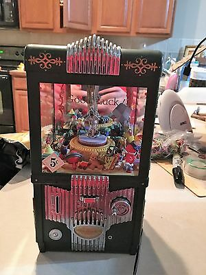 The Grabber ENESCO Arcade Game Deluxe Multi-Action/Lights Bank/Music Box musical