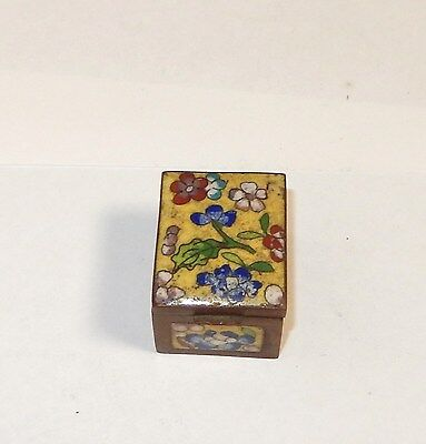 Small Chinese Cloisonne Yellow Enamel Flower Stamp Jar Box