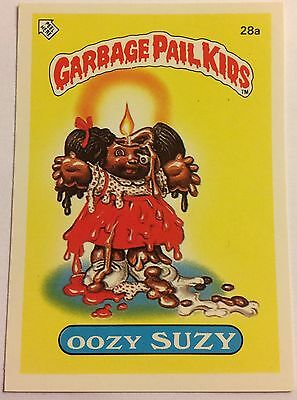 Oozy Suzy 28a Garbage Pail Kids (1985) UK Series 1 Sticker/Topps/Vintage