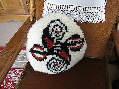 "Vintage/retro Wool Handmade Latch Hook Round Cushion Approx 16""across"