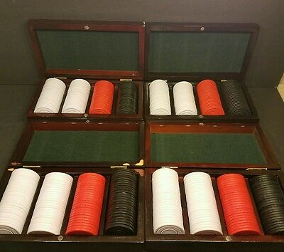 400 Red Black White Plastic Poker Chips in a 4 Wood Cases - Fast Shipping