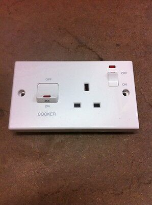 PDL 1546 - 45 Amp Cooker Control Unit - Cooker Switch c/w Switched Socket & Neon