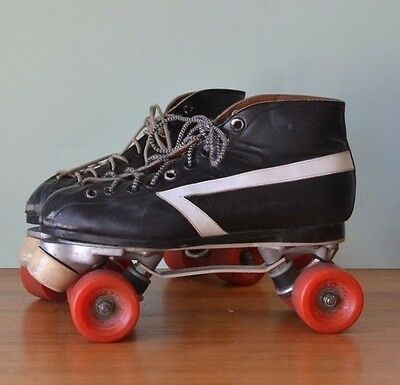 Retro roller skates leather Wallaby size 10 Ladies size 8 mens
