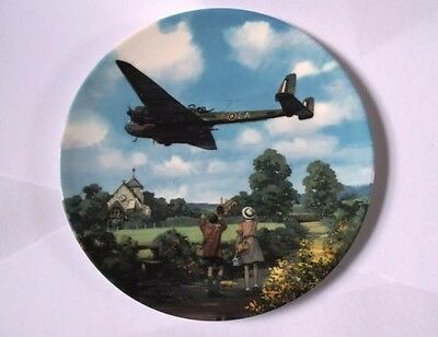 Royal Doulton Heroes Of The Sky Boxed Plate - Hampden Morning Exercise 3939A