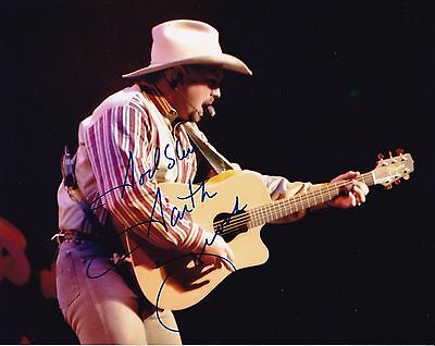 Garth Brooks autographed 8x10 #1 Free Shipping
