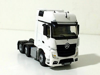 WSI TRUCK MODELS, MERCEDES ACTROS MP4 6x2 GIGA SPACE,1:50