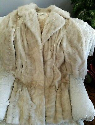 Beautiful Vintage mid length​ mink coat in Excellent condition stored yearly L