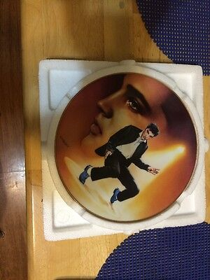 """Elvis 8.5"""" Collectible Plate"""
