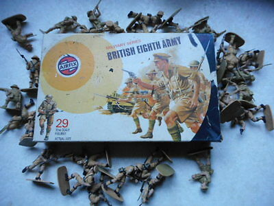 VINTAGE 1973 AIRFIX SOLDIERS 132 SCALE WW2 BRITISH 8TH eighth ARMY DESERT RATS