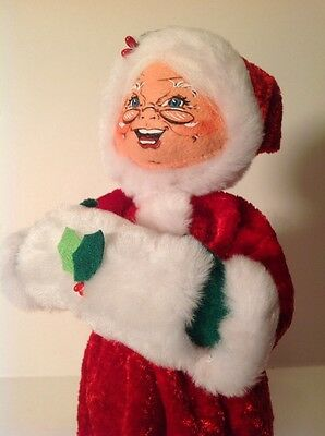 """Brand New With Tags Annalee 13"""" Cozy Christmas Mrs Santa Claus - 2012 MPN 400912"""