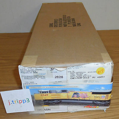 Lionel #28283 Union Pacific Flag O Scale Sd70Ace Non-Powered Diesel Engine Train