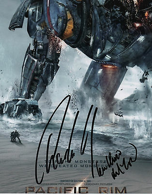CHARLIE HUNNAM Signed Autographed Photo w/EXACT PROOF