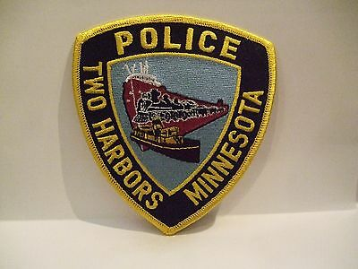 police patch  TWO HARBORS POLICE MINNESOTA